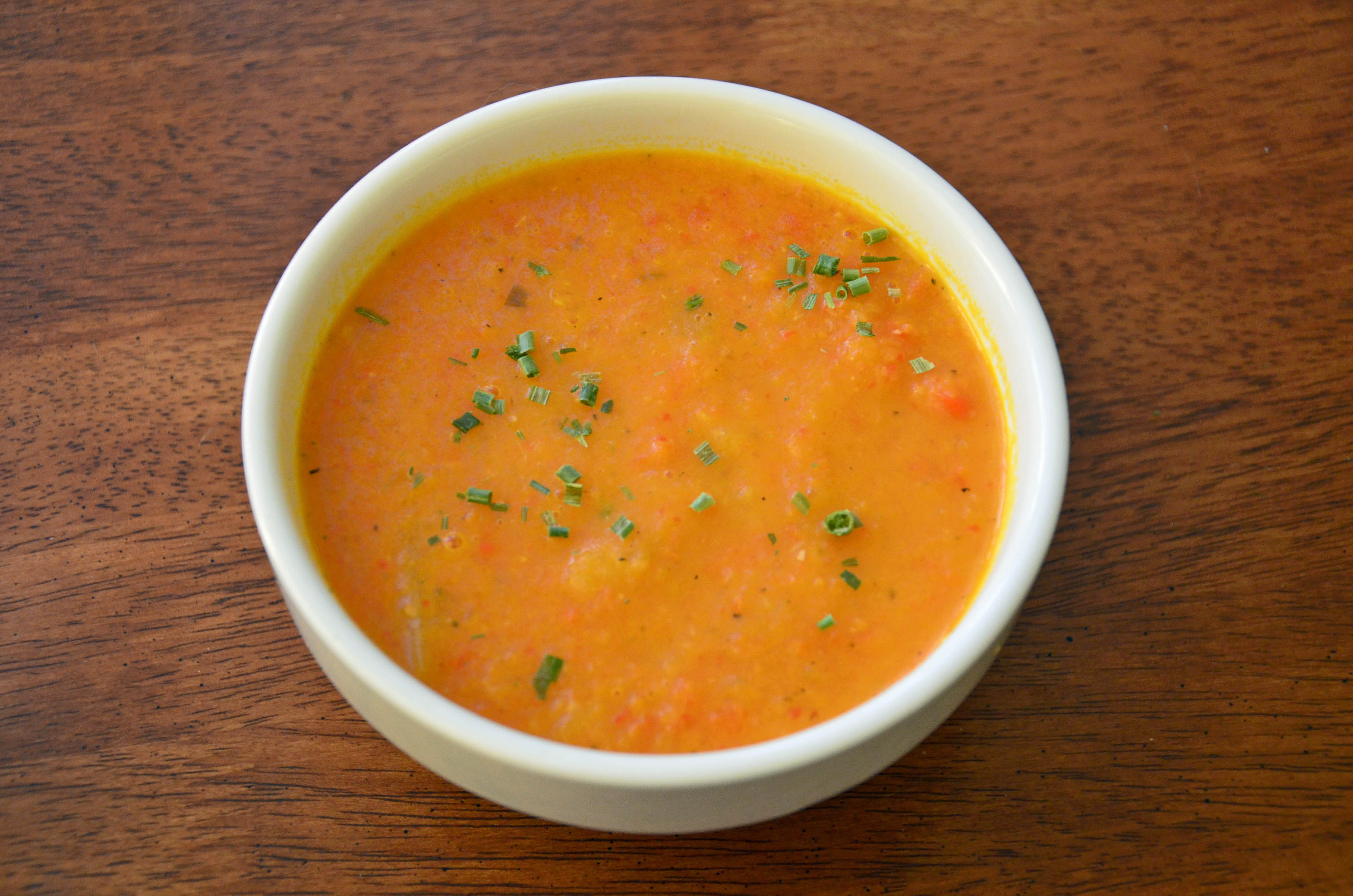 Immune Boosting Ginger Carrot Soup - Holly's Helpings