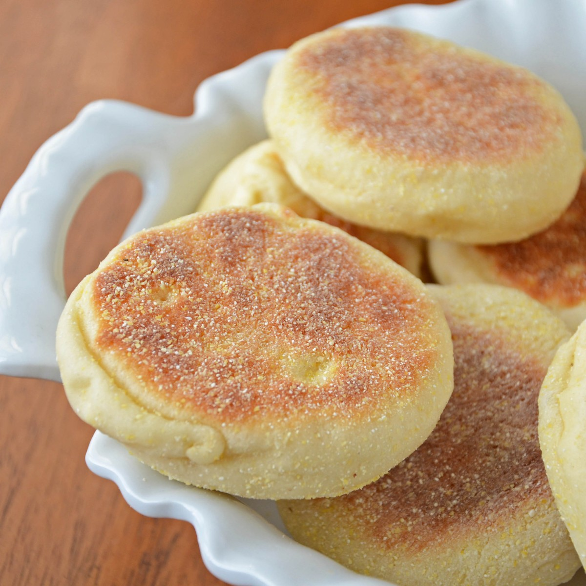 English Muffins! | Holly's Helpings