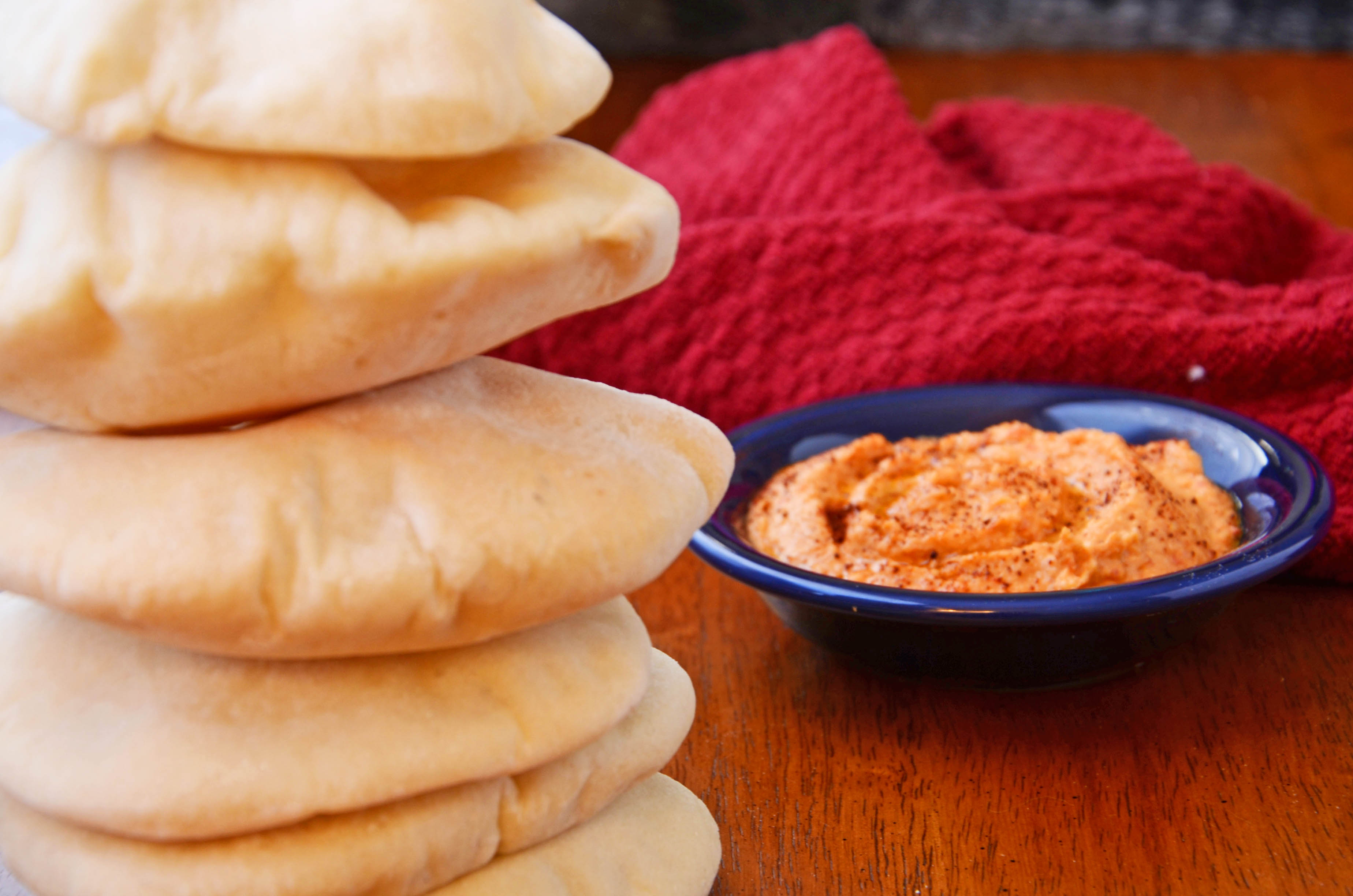 Pita Recipe | hollyshelpings.com