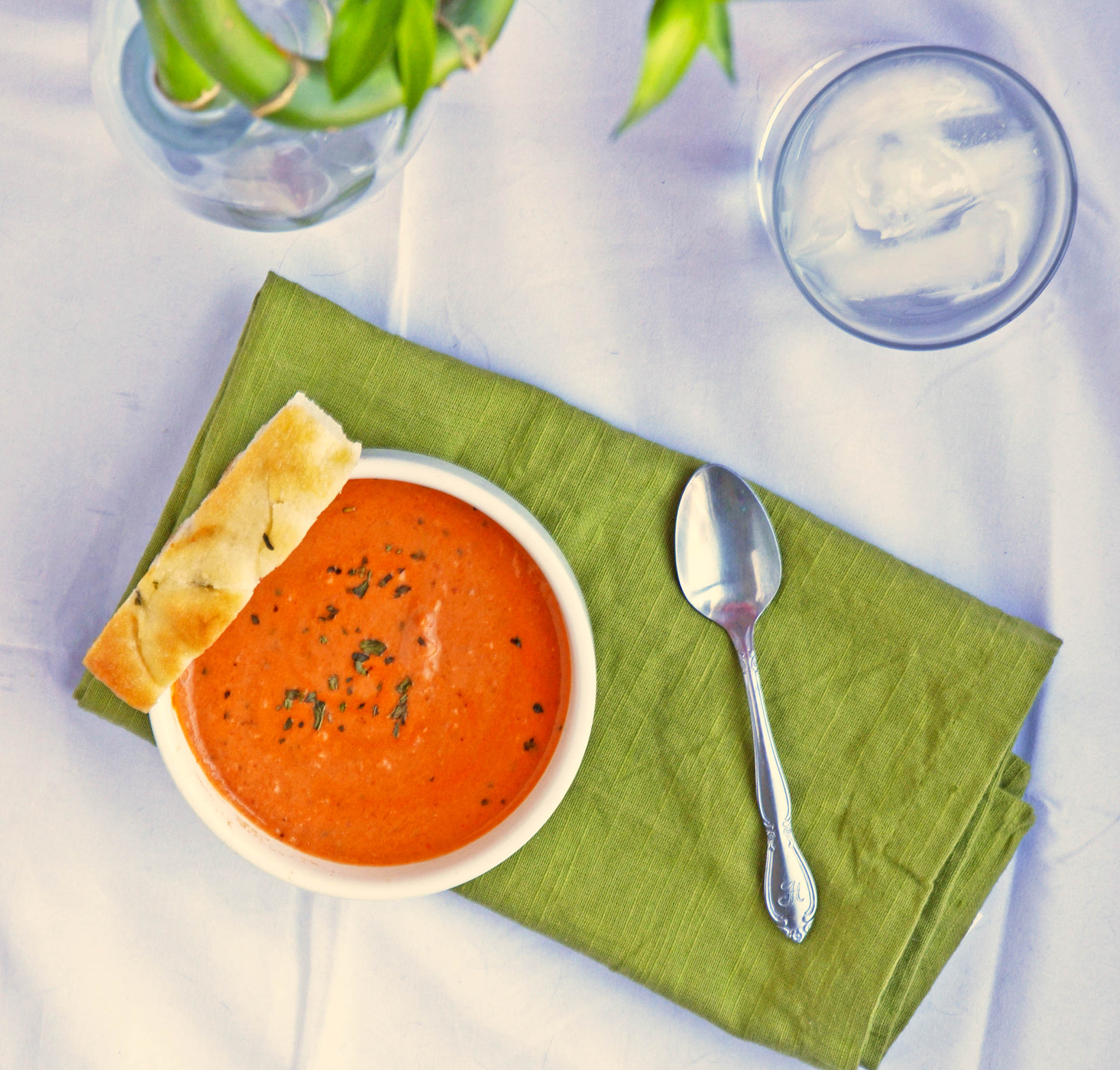 Tomato Gorgonzola Soup | hollyshelpings.com